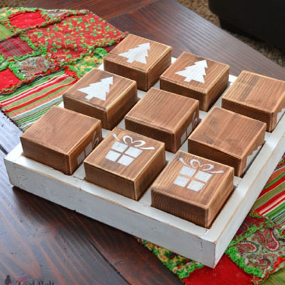 Oversized Christmas tic-tac-toe game (free woodworking plan)