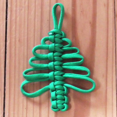 Easy DIY paracord (knotted) Christmas tree