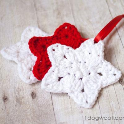 Easy crochet star Christmas tree ornament (free pattern)