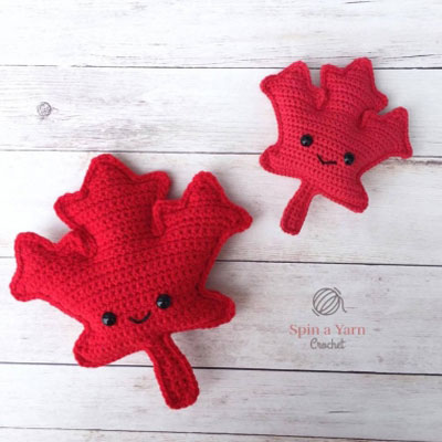 Maple leaf amigurumi - free crochet pattern