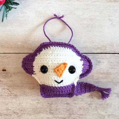 Little crochet snowman Christmas ornament  - free crochet pattern