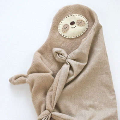 Sleepy sloth snuggler (teether) baby toy - free sewing pattern