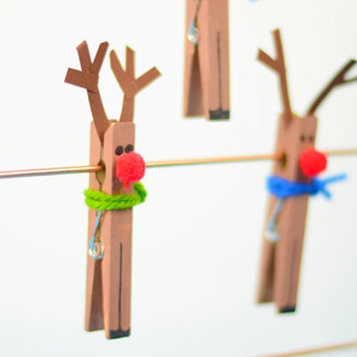 Clothespin reindeer - easy Christmas craft for kids