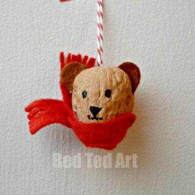 DIY Walnut bear ornament - nature craft for kids