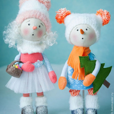 Snowman & snow girl dolls (free sewing pattern)
