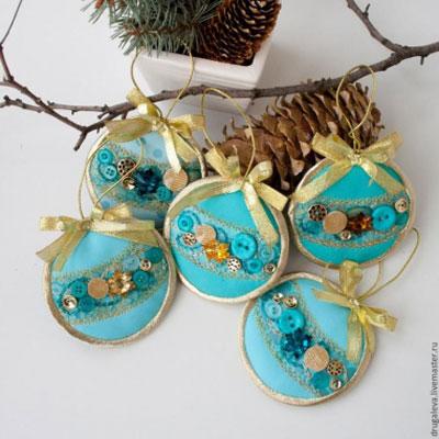 DIY Circle Christmas tree ornaments - free sewing pattern