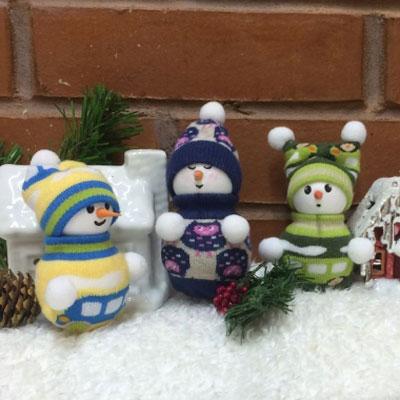 DIY Styrofoam ball sock snowman