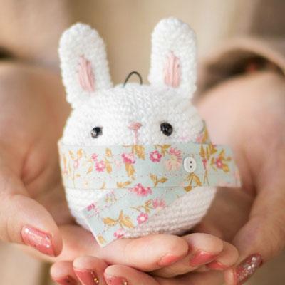 Amigurumi bunny Christmas tree ornament (free pattern)