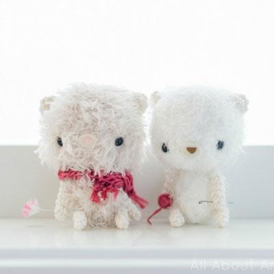 Fluffy amigurumi bears (free crochet pattern)