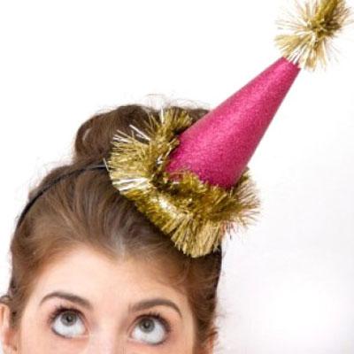 Easy DIY paper party hats