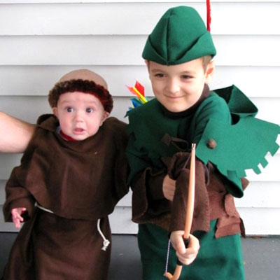 DIY felt Robin Hood and Friar Tuck costume for kids