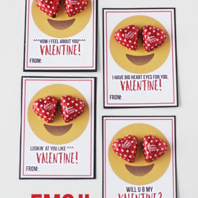Love emoji cards with chocolate hearts - Valentine's day gift