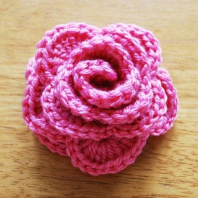 Beautiful easy to crochet rose - free crochet pattern