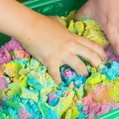 DIY Unicorn kinetic sand recipe - fun craft for kids