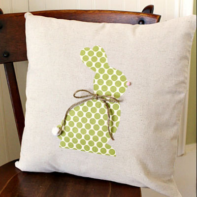 No-Sew DIY Easter bunny silhouette pillow - rustic Easter decoration