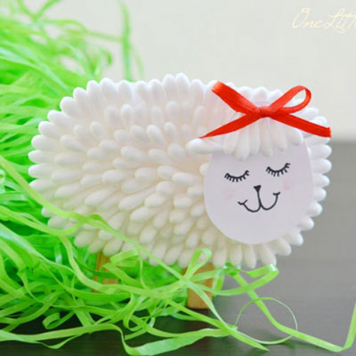 Q-tip sheep - easy Easter craft for kids