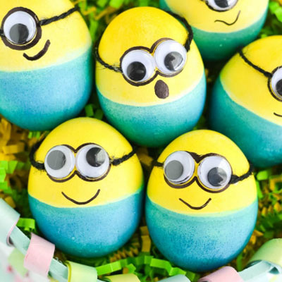 DIY Minion Easter eggs - Easter egg painting idea for kids