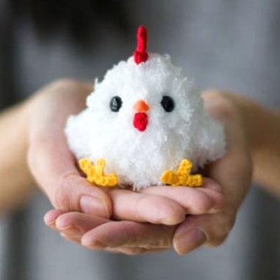 Little crochet hen (crochet chicken) - free amigurumi pattern