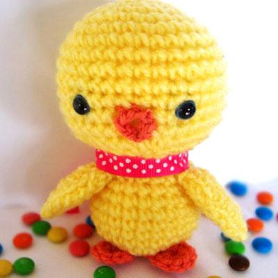Easy little crochet chick - free amigurumi pattern
