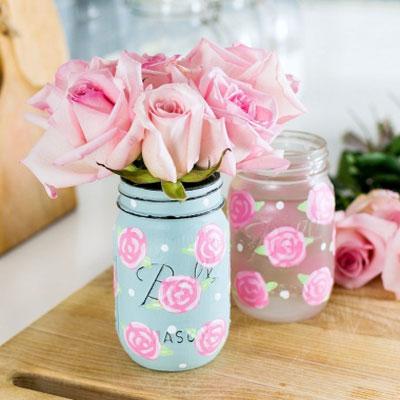 DIY Painted rose mason jars - step-by-step painting tutorial (spring decor)