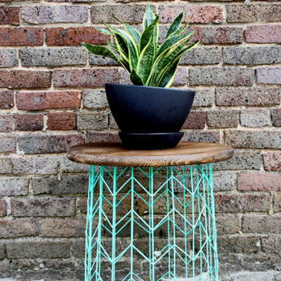 DIY Wire basket (or lampshade wire) side table