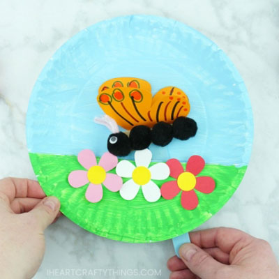 DIY Butterfly paper plate puppet - fun butterfly craft for kids