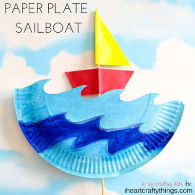 DIY Interactive paper sailboat - summer craft for kids