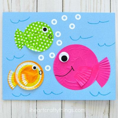 DIY Cupcake liner fish - fun summer craft for kids