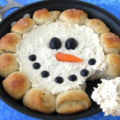 Skillet dip snowman - easy Christmas appetizer