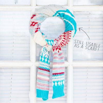 10 Minute scarf wreath