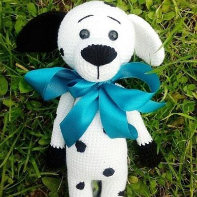 Amigurumi dalmatian dog (free crochet pattern)