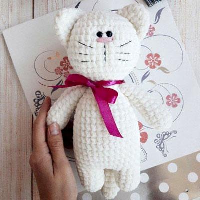 Soft kitty - amigurumi cat (free crochet pattern)