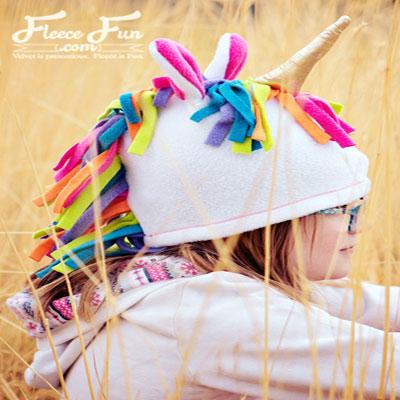 DIY Fleece unicorn hat (free sewing pattern)