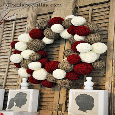 Yarn ball christmas wreath