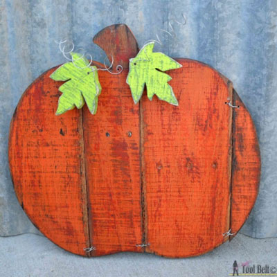 DIY Pallet wood pumpkin - outdoor fall decor