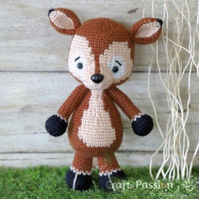 Ms. Dudu the amigurumi deer - free crochet pattern