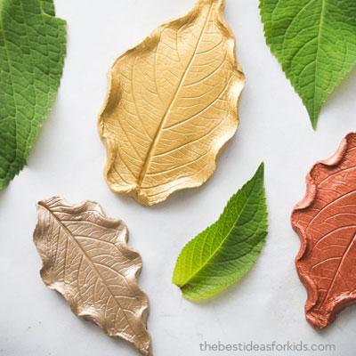 DIY Clay leaf dish - easy fall craft (for kids)