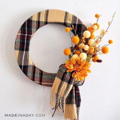 Easy DIY fall scarf wreath - autumn decor