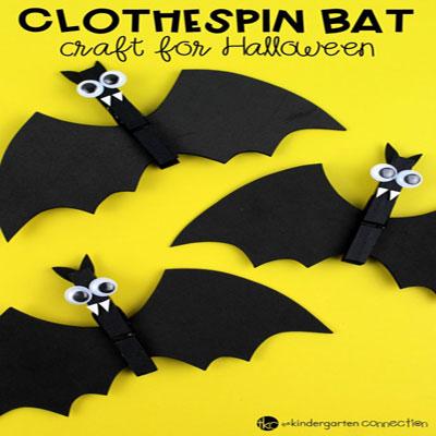 Clothespin bat - Halloween craft for kids