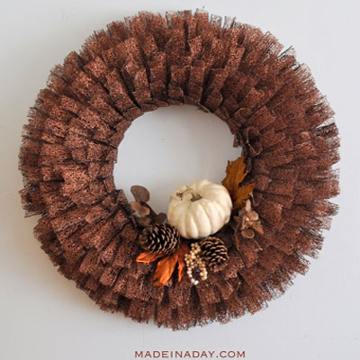 DIY Fall metal ribbon wreath - wreath making tutorial