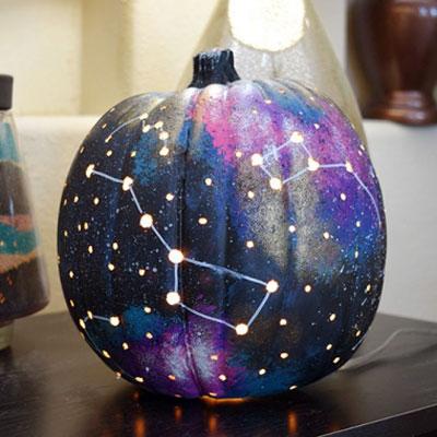DIY Galaxy jack-o-lantern - Halloween decor