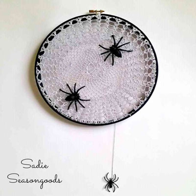 DIY Vintage doily spiderweb  - quick and easy Halloween decor