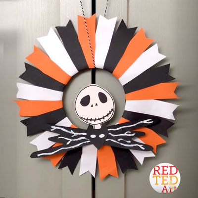 DIY Nightmare before Christmas wreath - Halloween decor