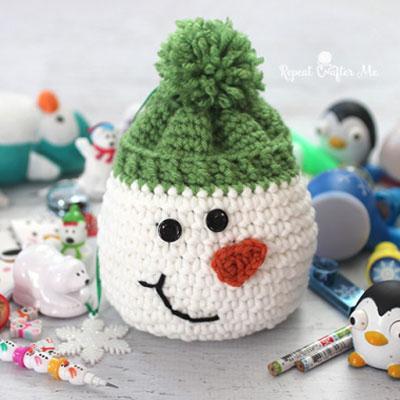 DIY Crochet snowman gift sack - free crochet pattern