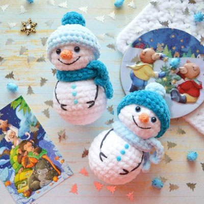 Free Crochet Snowman Pattern - Grace and Yarn | 400x400