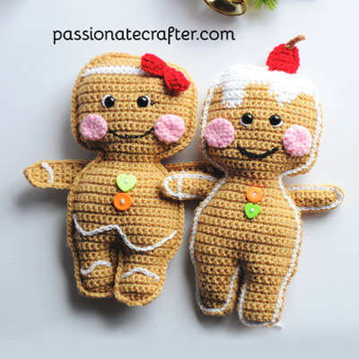 Adorable gingerbread man ragdoll (free crochet pattern)