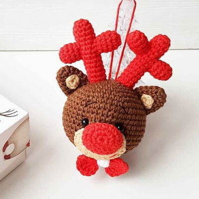 Amigurumi Rudolph the red nose reindeer ornament (free crochet pattern)