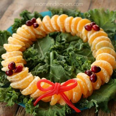 DIY Christmas fruit wreath - healthy Christmas snack