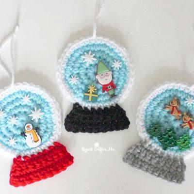 Quick crochet snow globe ornaments (free crochet pattern)