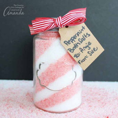 DIY Peppermint bath salt - last minute Christmas gift idea